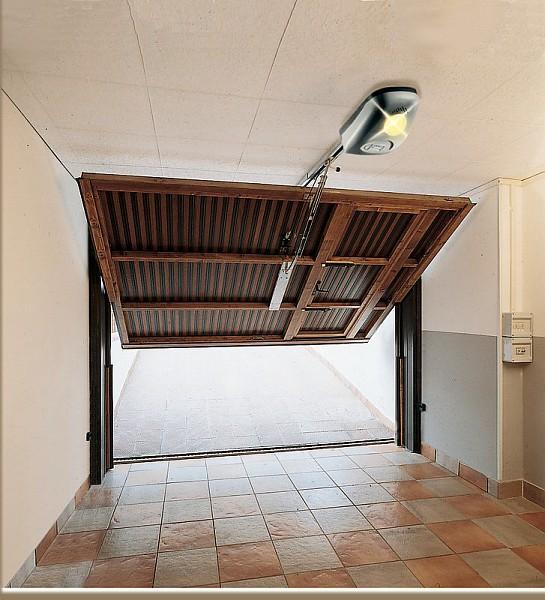 Porte garage d i m a automazioni snc for Isoler bas de porte d entree